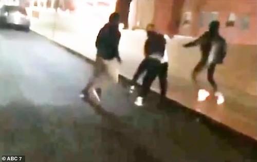 ВИДЕО. В США игроки избили своего баскетбольного тренера
