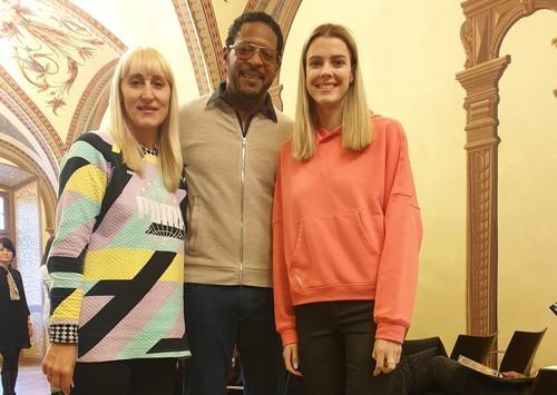 ФОТО. Магучих встретилась с рекордсменом мира Сотомайором