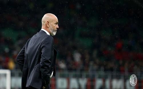 Милан уволит Пиоли, если он не выведет команду в Лигу чемпионов