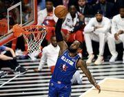 Леброн Джеймс в 16-й раз вышел в старте Матча звезд. Это рекорд НБА