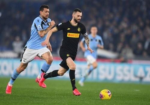 Лацио на характере обыграл Интер и поднялся на второе место Серии А