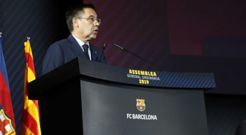 Скандал в Барсе: клуб платит за позитив в соцсетях и очерняет игроков