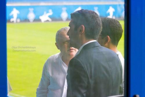 Фонсека пообщался с Суркисом на матче юношеских команд U-19