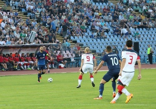Где смотреть онлайн матч чемпионата Украины Десна – Арсенал-Киев