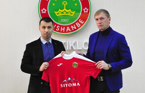 Клуб с названием Истиклол будет возглавлять украинский тренер