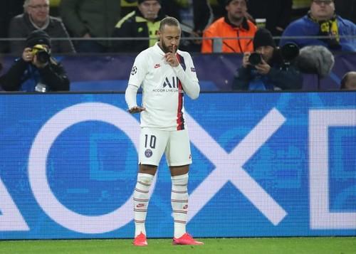 НЕЙМАР: «Меня не выпускали четыре матча подряд и сделали только хуже»