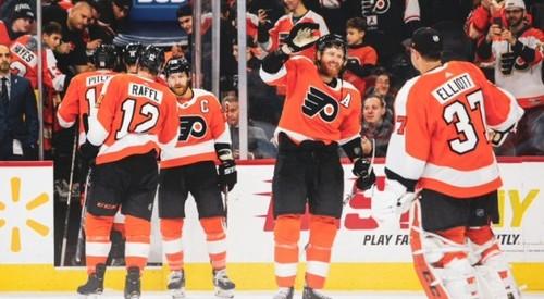 НХЛ. 4 очка Кросби, победы Филадельфии, Сент-Луиса и Виннипега