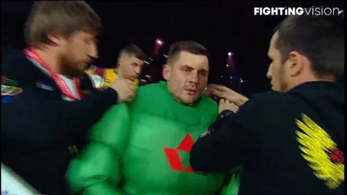 ФОТО. Усик, Ломаченко и Беленюк пришли поддержать Беринчика