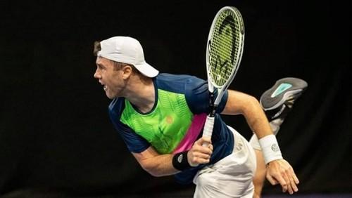 Илья Марченко во Франции пробился в 1/8 финала