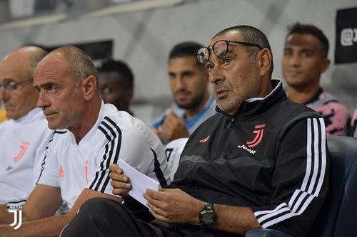 Маурицио САРРИ: «В Италии Ювентусу уже дали бы два пенальти»
