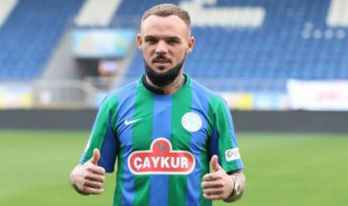 Різеспор з великим рахунком програв Трабзонспору, Морозюк зіграв 90 хвилин