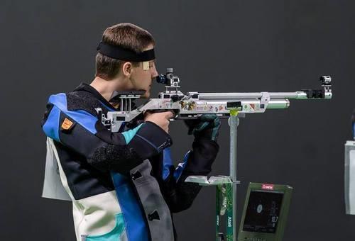 Украинец Царьков взял серебро на чемпионате Европы