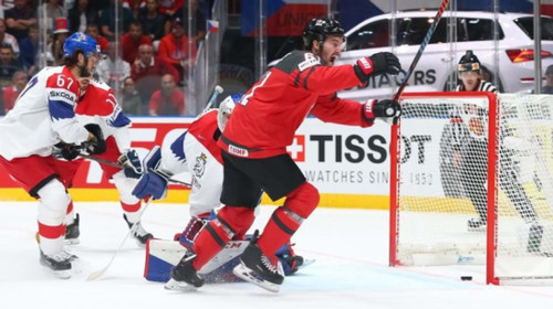 ЧМ по хоккею. Форвард Канады Стоун - MVP турнира