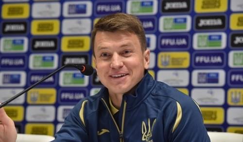 Руслан РОТАНЬ: «Днепру в финале Лиги Европы не хватило опыта»