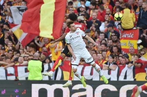 Ланс и Дижон разошлись миром в переходном матче Лиги 1