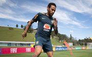Неймар возобновил тренировки со сборной Бразилии