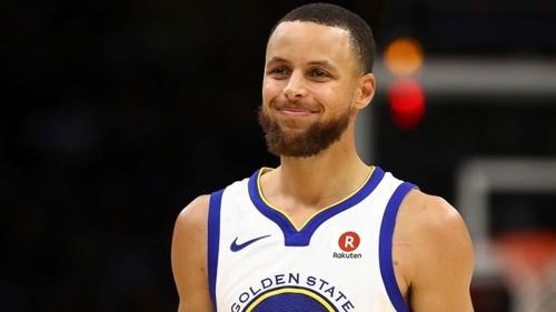 Карри совершил пробежку в решающем владении во второй игре финала НБА