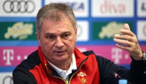 Черногория уволила тренера, который не явился на матч с Косово