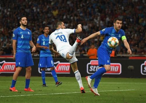 Группа J. Италия в гостях разгромила Грецию
