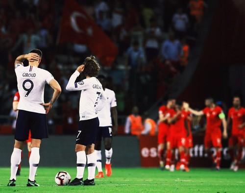 Турки уверенно обыграли Францию в отборе на Евро-2020