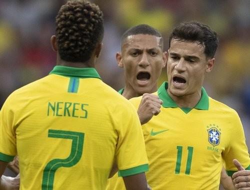 ТМ. Бразилия забила 7 сухих мячей в ворота Гондураса