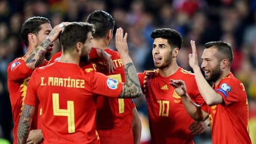 Група F. Перемоги Іспанії, Норвегії та Румунії