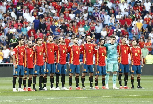 Испания не испытала проблем в матче со Швецией
