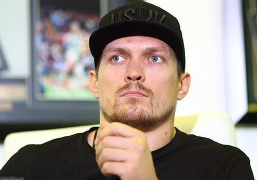 Усик снялся в рекламном ролике для компании Ajax