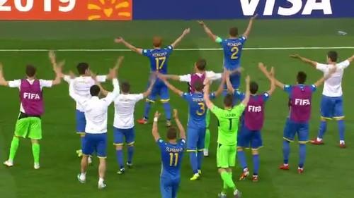 ВИДЕО. Есть финал! Эмоции из раздевалки сборной Украины