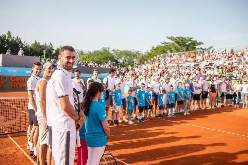 Манджукич выиграл благотворительный теннисный турнир