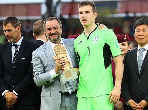 Реал поздравил Лунина с победой на чемпионате мира U-20