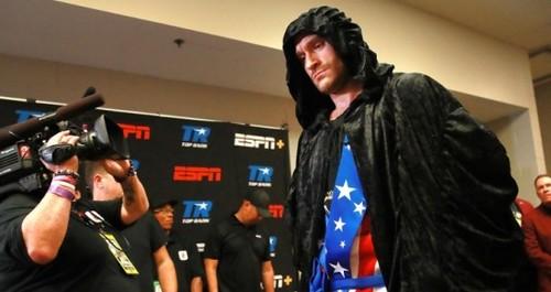 Тони БЕЛЛЬЮ: «Фьюри - самый техничный боксер супертяжелого веса»