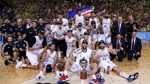 Реал обыграл Барселону и стал чемпионом Испании