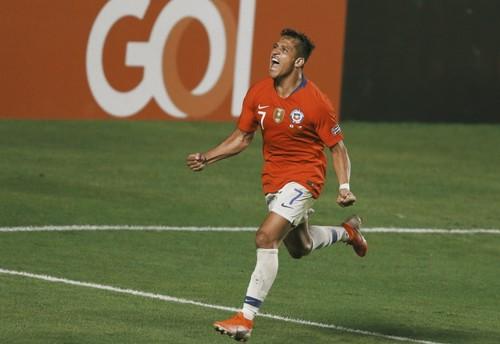 Санчес играл в матче с Эквадором с травмой