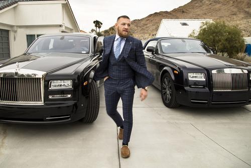 ВИДЕО. Топ-10 самых богатых бойцов в UFC