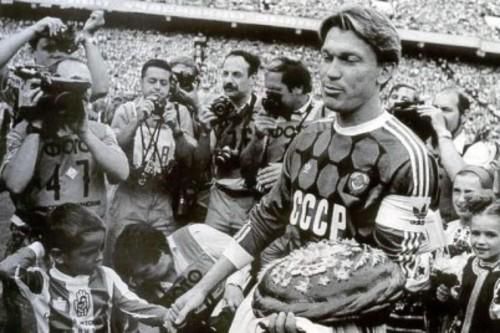 30 лет назад Блохин сыграл прощальный матч