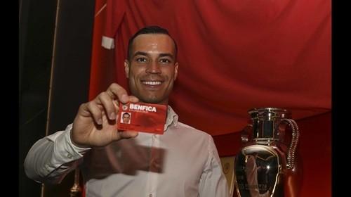 ОФИЦИАЛЬНО: Реал продал де Томаса в Бенфику