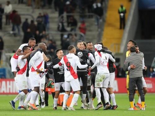 Чили — Перу — 0:3. Видео голов и обзор матча