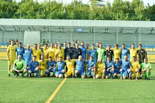 Збірна УАФ зіграла товариський матч проти збірної журналістів