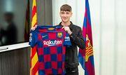 Барселона подписала 16-летнего нападающего Вест Бромвича