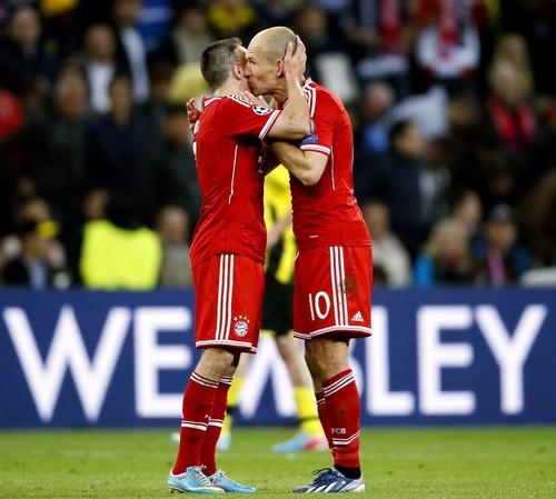 Прощание с легендами. Футболисты, завершившие карьеру в 2019