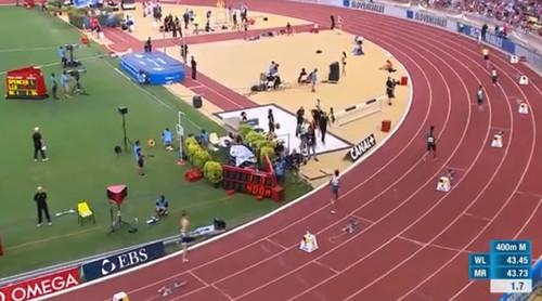 Спортсмен после фальстарта пробежал всю дистанцию - 400 метров