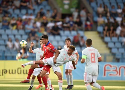 Армения испания футбол