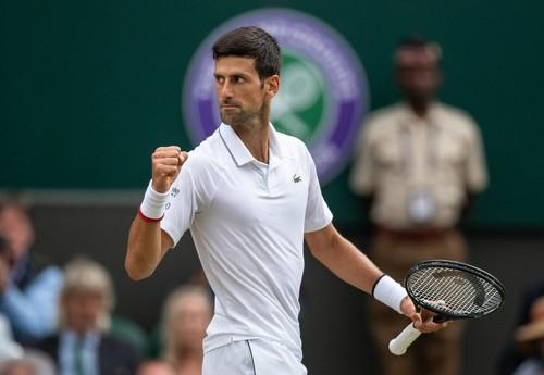 Джокович в матче-триллере одолел Федерера в финале Уимблдона