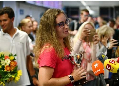 ВИДЕО. Как чемпионку Уимблдона Снигур встречали в Борисполе