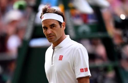 Федерер снялся с турнира в Монреале