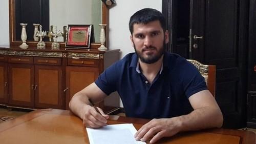 Бетербиев подтвердил подписание контракта на бой с Гвоздиком