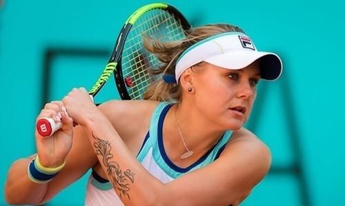 Катерина Козлова снялась с еще одного турнира