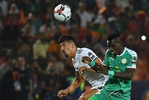 ВИДЕО. Сенегал – Алжир. Курьезный гол Бунеджа