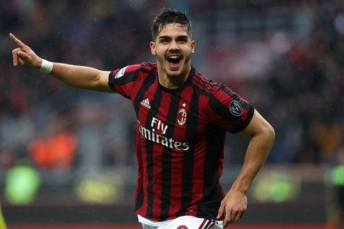 Монако купит Силву у Милана за €30 миллионов